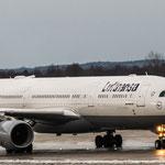 Mächtiges Teil: Airbus A330-343X (Lufthansa / D-AIKQ) auf dem Weg Richtung Chicago