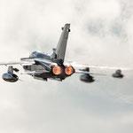 "Der schwarze Tornado des TaktLwG 51 ""I"" lässt den Himmel brennen... 23.06.2014"