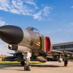 Ausgedient und trotzdem allgegenwärtig: Die F-4F 38+10, welche ihren Last Phlight in von Wittmund nach Neuburg machte und glücklicherweise hier verbleiben wird.