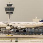 ...schon zieht der nächste Schneesturm auf...noch gute Bedingungen für diese Embraer ERJ190-200LR (Lufthansa CityLine / D-AEBE)