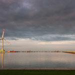 Verladehafen für Gase und Chemikalien, mit eigener Stromversorgung