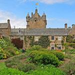 Cawdor Castle - Eng verbunden mit der Tragödie Macbeth von William Shakespeare.