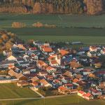Das Dorf Hirnstetten im Abendlicht...