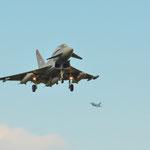 Eurofighter vom TaktLwG 74 kehren von einer Mission zurück...