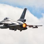 F-16 aus Holland mit Kerze... - 23.6.2014