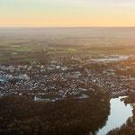 Neuburg an der Donau (...im Allgäu :D ) ...hier sind die Alpen schön zu sehen am Horizont