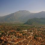 Blick über Riva del Garda