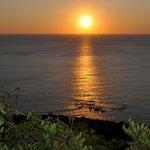 Traumhafte Sonnenaufgänge warten auf den Frühaufsteher (bei Porto Corallo)