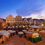 Dezember - Weihnachtliches Neuburg an der Donau (Christkindlmarkt in der Altstadt)