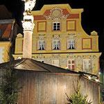 Neuburg an der Donau - Karlsplatz in der Altstadt während der Adventszeit