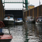 in der Schleuse Niegripp in Richtung Elbe-Havel-Kanal