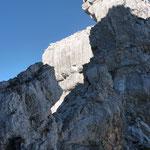 Über einen Grat geht es gut gesichert zum Großen Hinterhorn. Foto: Dr. Birgit Esslinger
