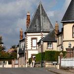Cheminées torsadées St_Ouen-sur-Iton © Gérard Houdou