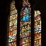 Marienmotiv auch im Kirchenfenster.