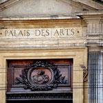Kunstpalast Es lohnt sich, hier zu verweilen. Es sei denn, man hat Urlaub und zu nix Lust. Place de Terreaux.
