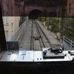 Abtenteuerlich Genau wie Paris hat auch Lyon seine Seilbahn mitten in der Stadt. Hier kann man sich bequem nach oben ziehen lassen. Station Vieux Lyon