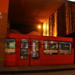 Futuristisch mutete die Metro in Lyon an. Lignie A
