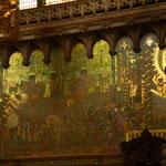 Fast schon byzantinisch mutet diese Szene an mit dem überwiegenden Gold. Seitenschiff.