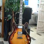 エレクトリックギター Gibson ES-335  セミアコタイプ