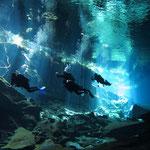 ...in der Cenote...