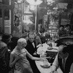 Au -Chien qui fume-, pour le Jardin des Modes, Paris, 1956