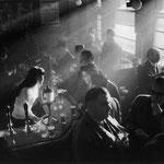 Pub à Soho, Londres, 1955