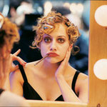 Agosto - Brittany Murphy