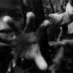 Photo pris lors du 'Raid Renault 19', entre Conakry et le Cap Nord, septembre 1988