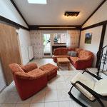 Couch, Ausgang Garten mit Terrasse