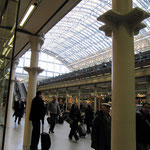 Dans la gare