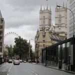 Vue sur Westminster Abbey depuis Victoria Street