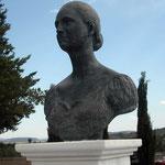 Busto, bronce, realizada en colaboración con Juan José Páez, 70 cm.