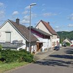Einfahrt von Oberreidenbach kommend