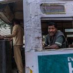Les tramways de Calcutta totalement délabrés sont en voie de disparition