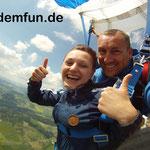 Fallschirmspringen Tandemsprung Rothenburg Mittelfranken nähe Ansbach und Nürnberg