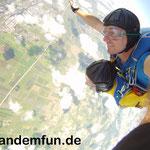 Tandemsprung Fallschirmspringen Rothenburg Mittelfranken nähe Ansbach und Nürnberg