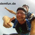 Fallschirmspringen Tandemsprung Wien Österreich