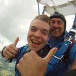 Niederösterreich  Fallschirmspringen