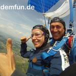 Fallschirmspringen Niederbayern Tandemfun