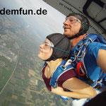 Fallschirmsprung Kind Bayern