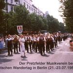 1989 : Der Musikverein Pretzfeld beim Deutscher Wandertag in Berlin