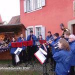 2007: Spielen auf dem Weihnachtsmarkt