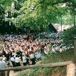1996: Zusammenspiel der Vereine beim Kreismusikfest in Pretzfeld im Kellerwald
