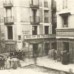 1868 Confluencia de Atarazanas con Puerta de la Sierra (durante la Revolución de 1868)