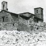 1941 La Blanca totalmente destruida. Por detrás, la Calle de La Compañía. Entre ambas, se intuye la Calleja de Tableros