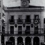 1906 Antiguo Ayuntamiento desde la Calle de La Compañía