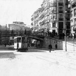 1920 Comienzo de La Ribera junto al puente, en la confluencia con Atarazanas y Colón