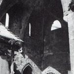 Años 40. Capilla de Santiago desde el oeste, desde lo que había sido Palacio Episcopal. La capilla, del siglo XIV, fue desmontada para construir en su lugar el actual Palacio Episcopal