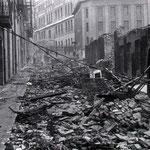 1941 Francisco de Quevedo desde el sur tras el incendio. La acera oeste (a la izquierda) no se vio afectada. Al fondo, Coliseum e Instituto Santa Clara