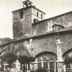 1935 Claustro de la Catedral desde el sureste. A la izquierda, el Palacio Episcopal neogótico desaparecido en 1941